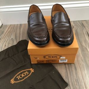 Tod's Pallame Windsor Losfer Style Flats
